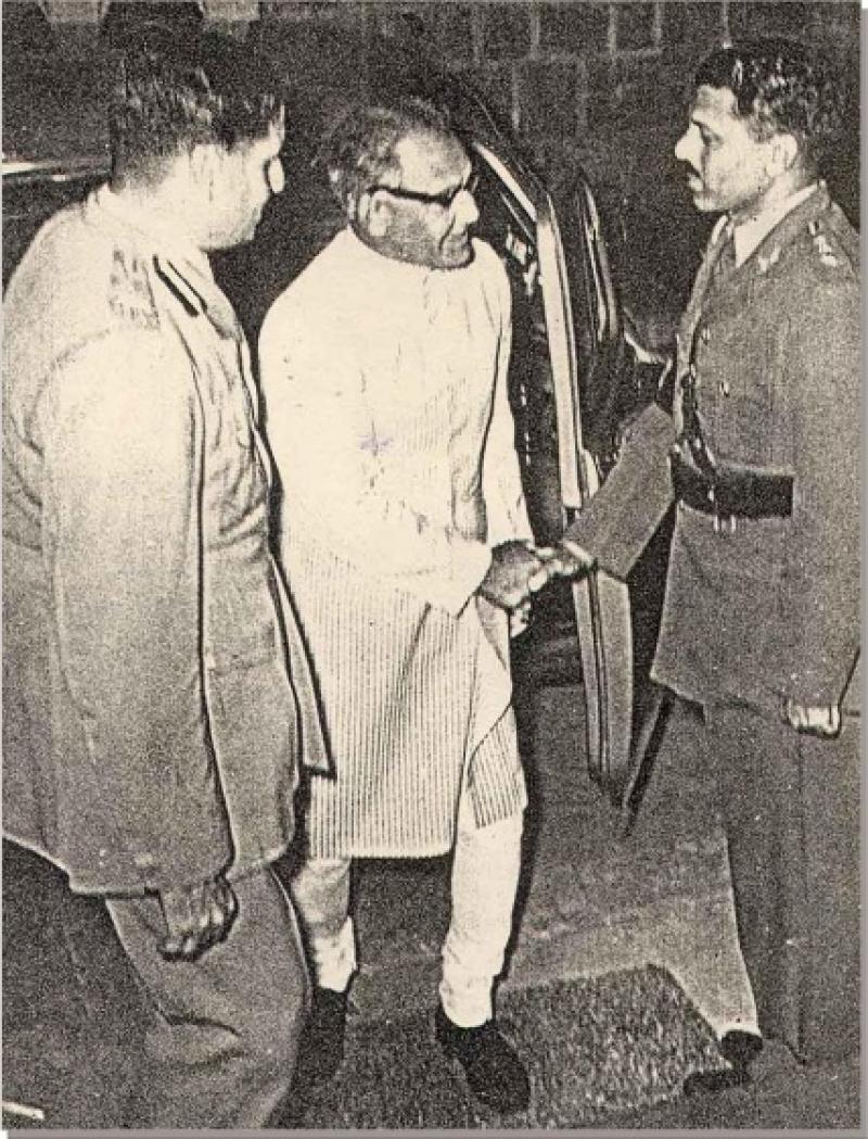biography of sardar vallabhbhai patel in english pdf